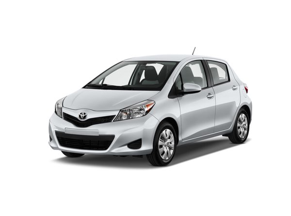 2012-toyota-yaris-5dr-lb-auto-le-natl-angular-front-exterior-view_100371405_h
